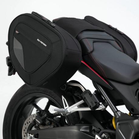BC.HTA.01.740.11500/B : SW-Motech Blaze side bags CB650 CBR650