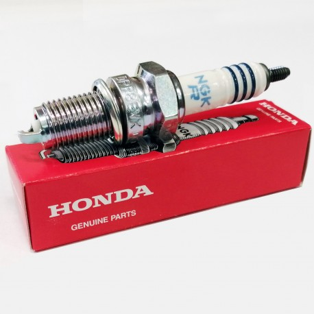 98059-59916 : Bougie Honda CR9EH-9 CB650 CBR650