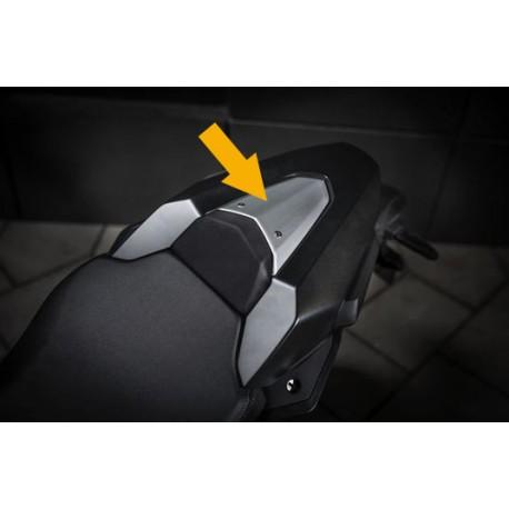 08F76-MKN-D50 : Honda seat cover garnish CB650 CBR650